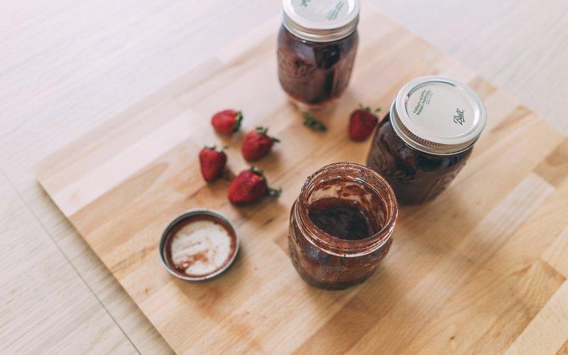 Fare la confettura di fragole in casa