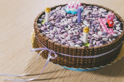 Torta di compleanno al cioccolato TEMA LEGO
