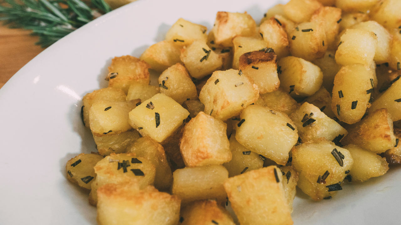Come si cuociono le patate al forno