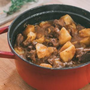 Spezzatino di vitello con patate ricetta