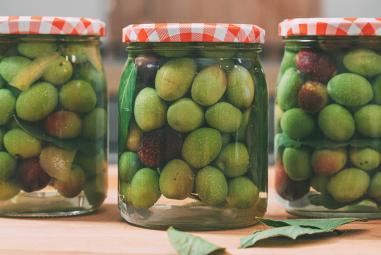 Olive in salamoia baresi ( o meglio olive all'acqua)
